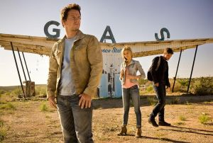 Transformers-4-Age-of-Extinction-Mark-Wahlberg-Jack-Reynor-and-Nicola-Pelt